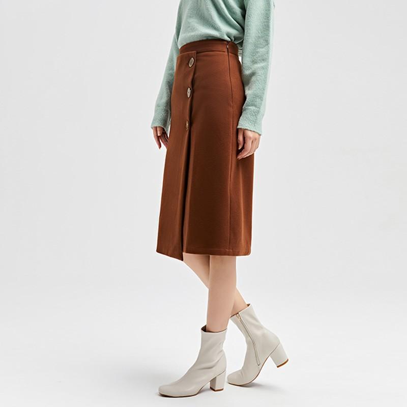 金苑2019冬装新款不对称圆扣纯色修身直筒裙减龄半身裙女B951022