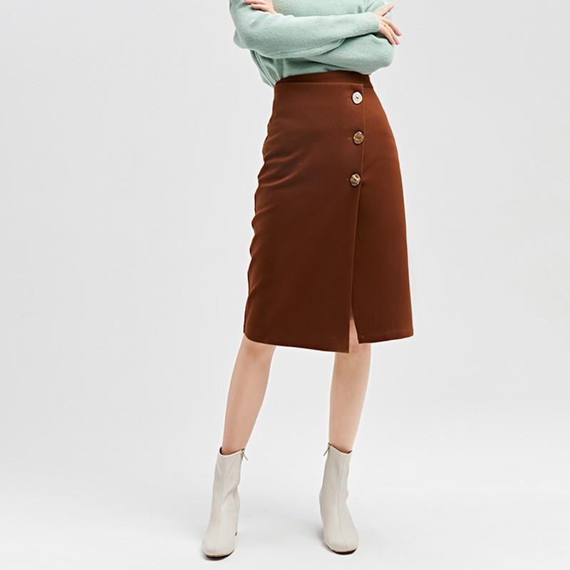 金苑2019冬装新款不对称圆扣纯色修身直筒裙减龄半身裙女B951028