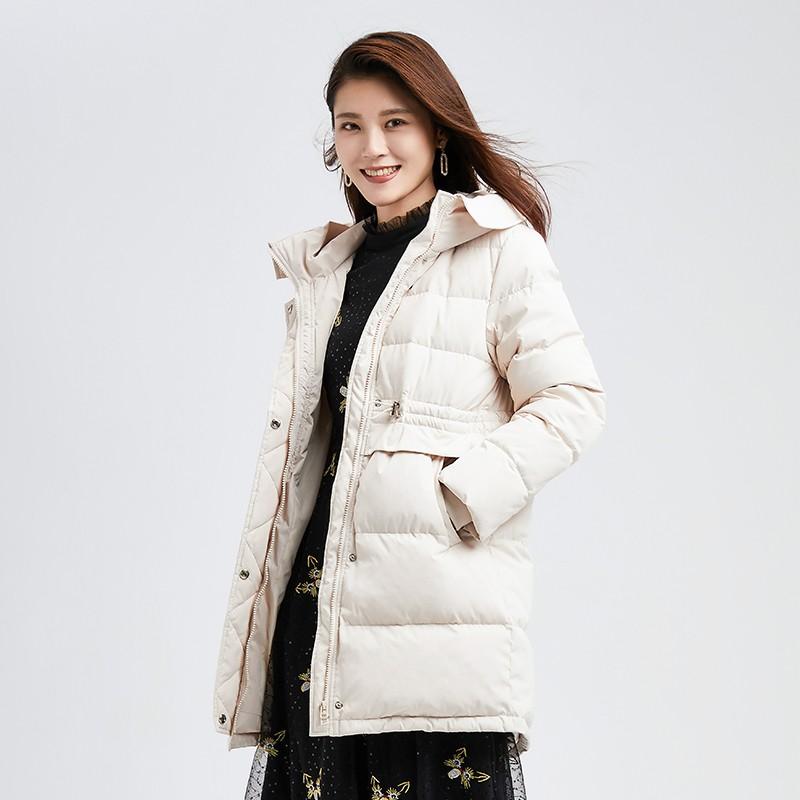 金苑冬装新款2019女装设计师白鸭绒外套保暖连帽收腰羽绒服J959015
