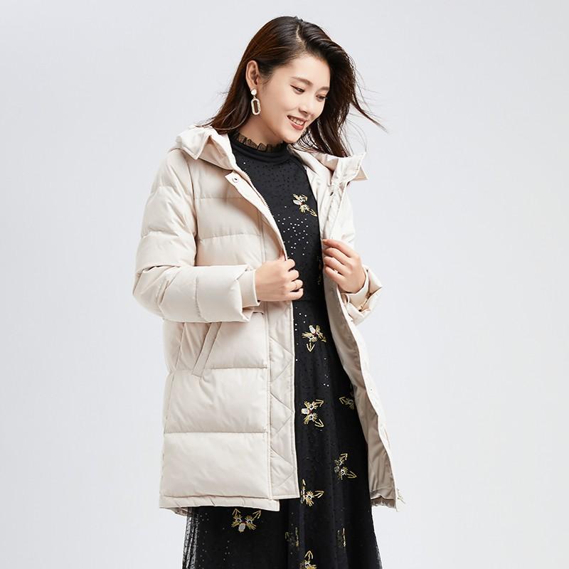 金苑冬装新款2019女装设计师白鸭绒外套保暖连帽收腰羽绒服J959013