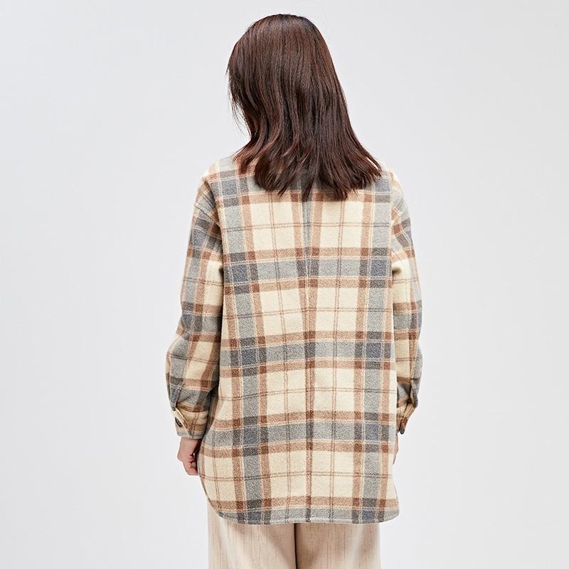 金苑女装呢子外套冬装2019新款毛呢大衣女格子复古宽松上衣E951154