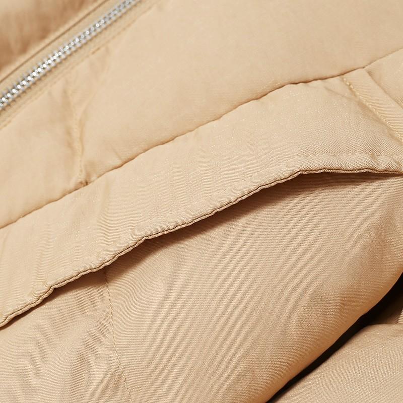 金苑2019冬装新款女士羽绒服修身显瘦保暖减龄长袖外套J951116