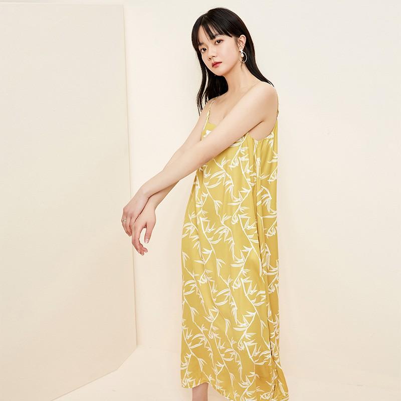 金苑裙子2020春新款宽松吊带中长裙森女百褶文艺连衣裙女G2011032