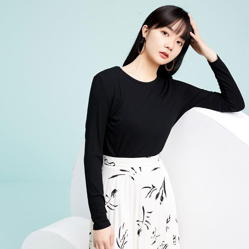 金苑2020春新款韩版圆领基础外穿上衣女款修身套头打底衫F2019019