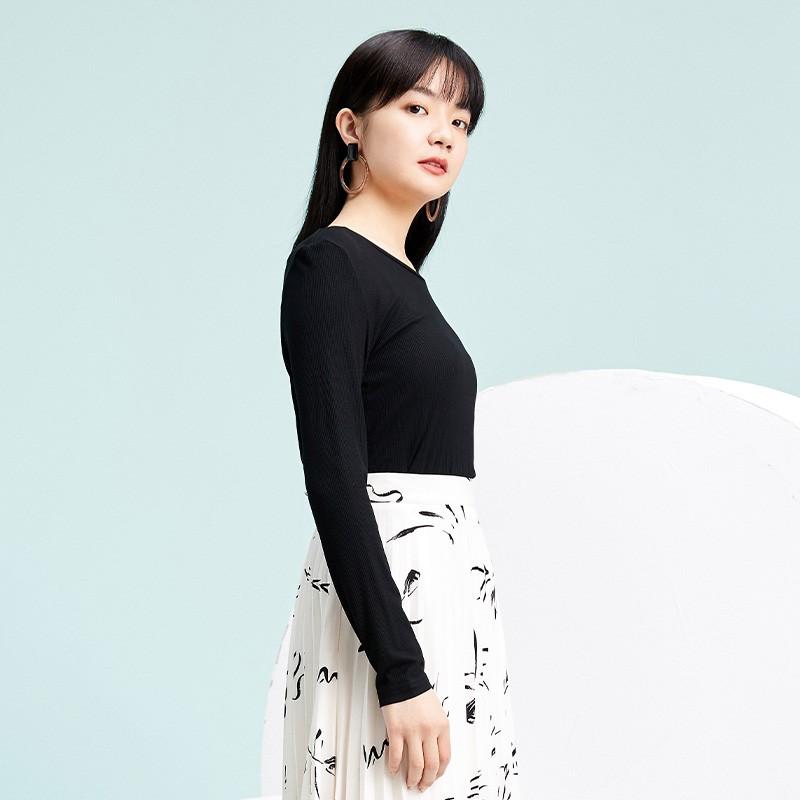 金苑2020春新款韩版圆领基础外穿上衣女款修身套头打底衫F2019018